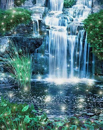 Glitzernder Wasserfall