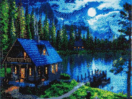 Einsame Hütte im Wald