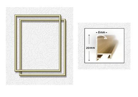 Zwei goldfarbene Aluminium Bilderrahmen 24 x 30 cm